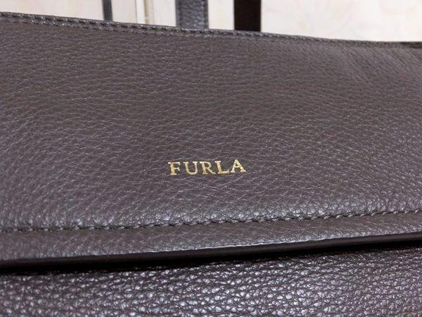 【美品/A】◆本物◆FURLA フルラ バッグ 2WAY ハンドバッグ 斜め掛け可 レザー グレー 保存袋 取説 ショップカード付き_画像4