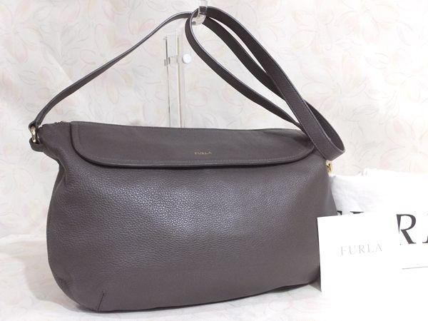 【美品/A】◆本物◆FURLA フルラ バッグ 2WAY ハンドバッグ 斜め掛け可 レザー グレー 保存袋 取説 ショップカード付き_画像2