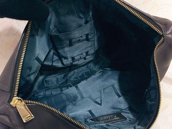 【美品/A】◆本物◆FURLA フルラ バッグ 2WAY ハンドバッグ 斜め掛け可 レザー グレー 保存袋 取説 ショップカード付き_画像5