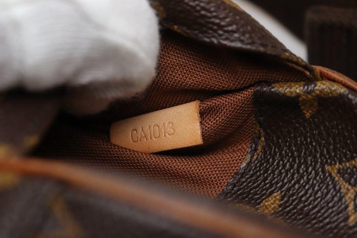 【極美品】ルイヴィトン Louis Vuitton  ポシェットガンジュ ウエストポーチ  ボディバッグ  斜め掛け 定価約13万円 _画像10