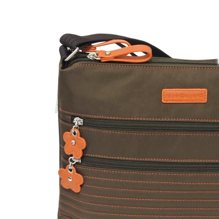 軽い 斜め掛け ショルダーバッグ レディース ブラウン 新品 ニコレッタモレッティ ナイロン たくさん入る ポケット多い 薄い かばん 鞄_画像3