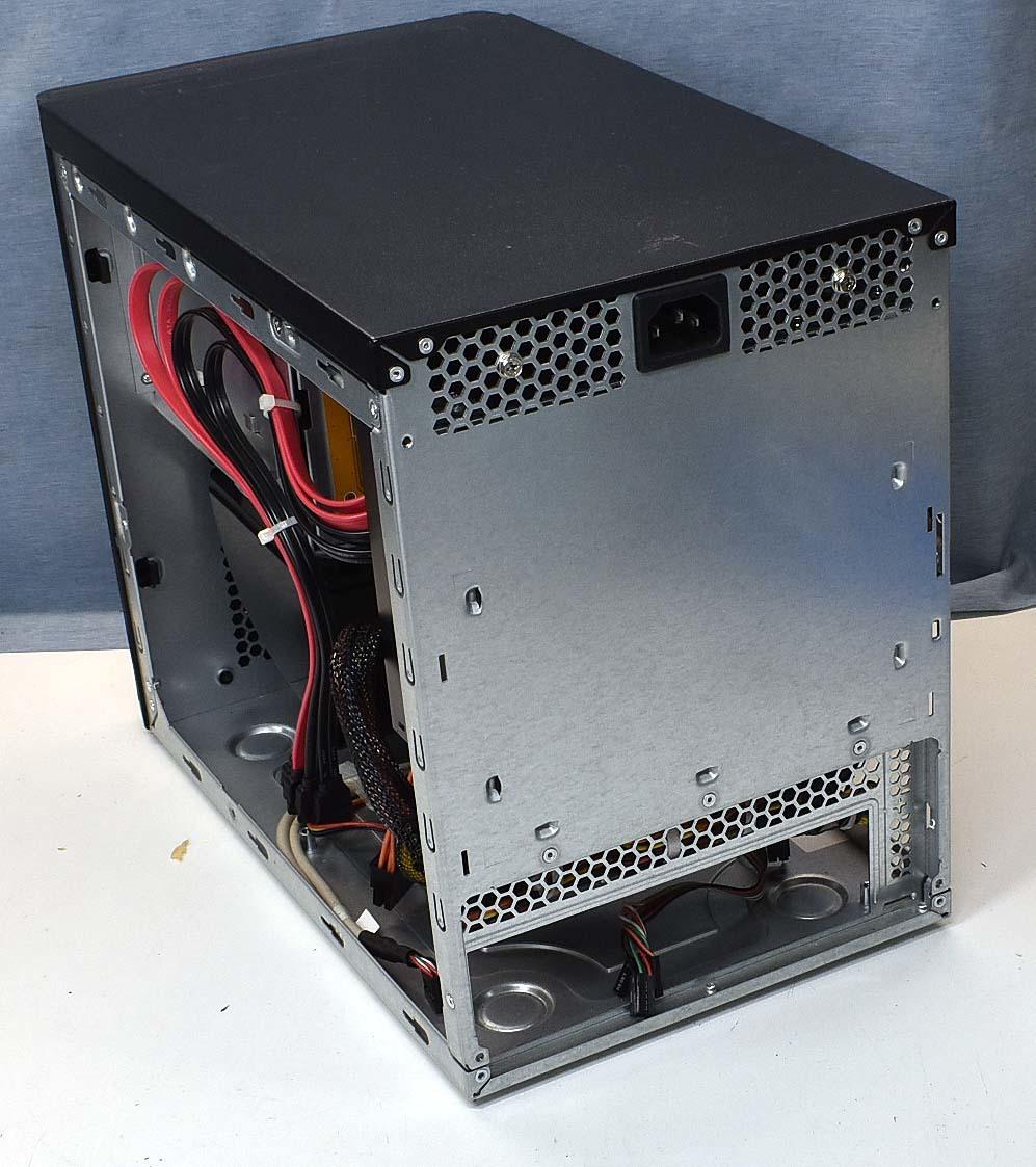 Mini-ITX CHENBRO SR301 OEM品 ホットスワップ対応ベイ x4(HDD4台搭載可能) Mini-ITX ケース (管:ITX1_画像4
