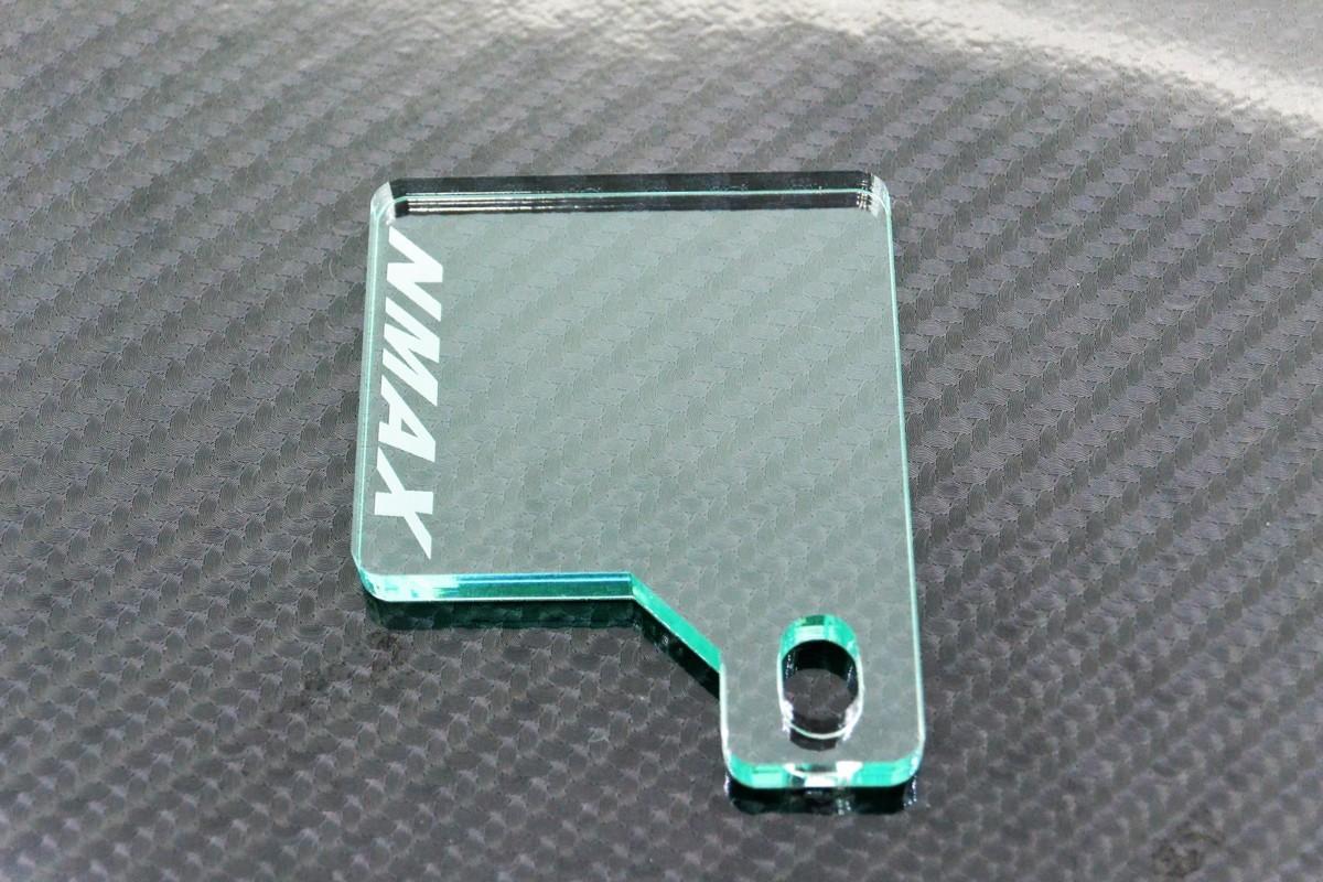 送料無料 J-43-1 NMAX ガラス調 厚さ5㎜ アクリル製 オリジナル 自賠責 ステッカー プレート NMAX 125_画像3
