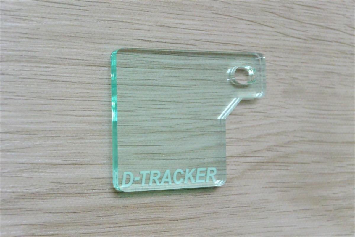 送料無料 J-49-1 D-TRACKER ガラス調 厚さ5㎜ アクリル製 オリジナル 自賠責 ステッカー プレート Dトラッカー 125_画像5