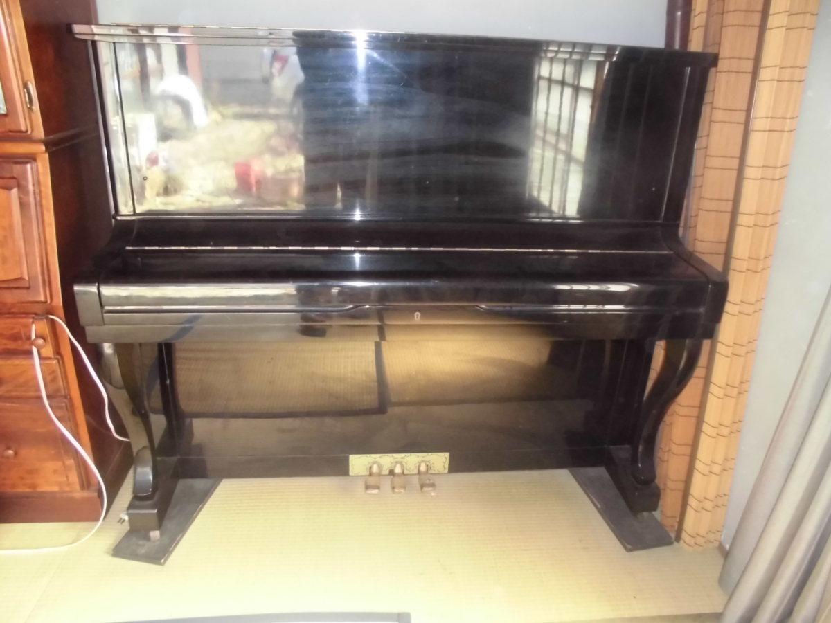 グロスコールマン 大成ピアノ製 国産品 黒塗り美品 中級機種 作りの良い使用頻度の少ない美品です。_外装には傷もなく、黒塗り艶出しの良い品