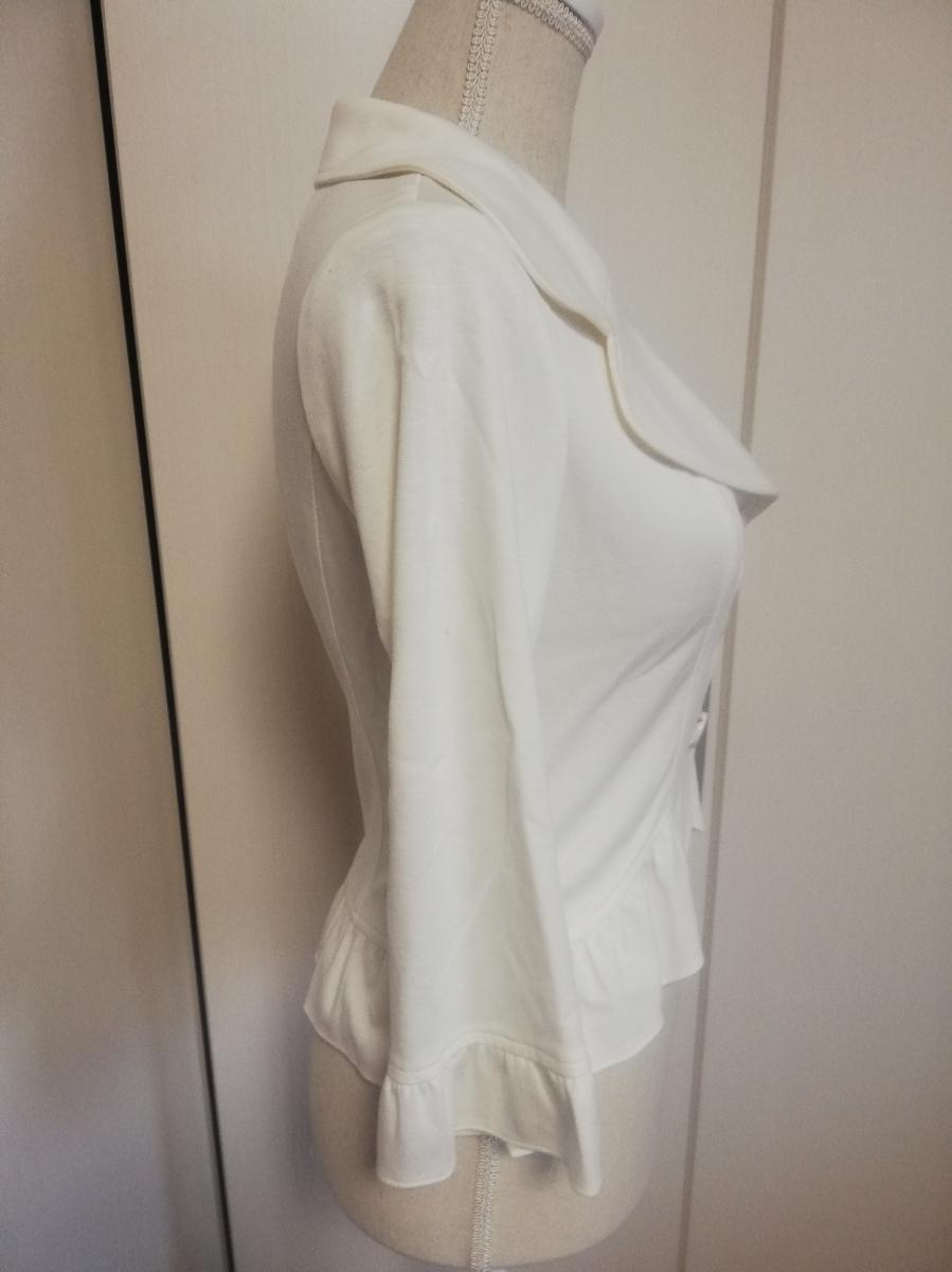 【新品タグ付き】レストローズ◆ジャージー素材裾フリルジャケット(白・ホワイト)七分袖 Mサイズ◆L'EST ROSE 伸縮性有 やわらか _画像2