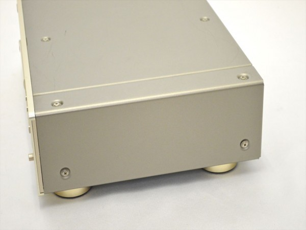 KM68●ジャンク品●DENON デノン DCD-1650AZ CDプレーヤー 通電OK_画像7