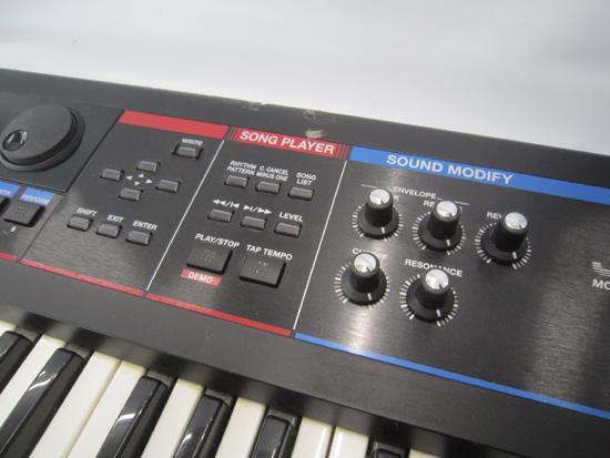 Roland/ローランド JUNO-Di 61鍵盤 シンセサイザー キーボード ケース アダプター付き 動作確認済み_画像4