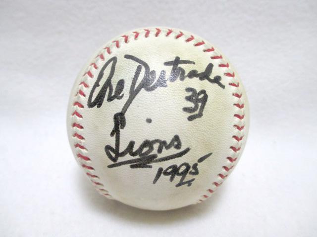 当選品 西武ライオンズ オレステス・デストラーデ 直筆サイン入り 実使用ボール 野球 1995 39