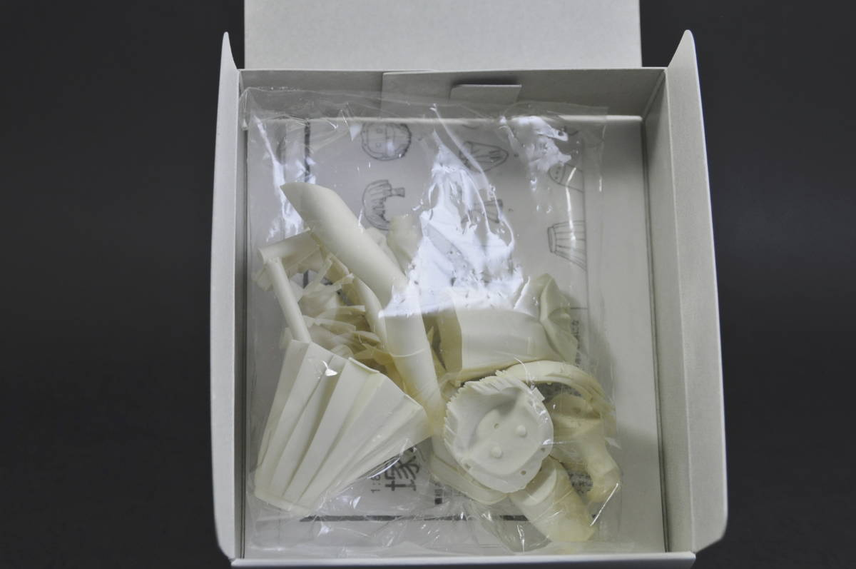 コトブキヤ こみっくパーティー 塚本千紗 制服 1/8 ガレージキット レジンキャスト_画像3