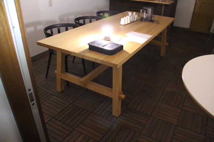 イケア イケヤ ダイニング テーブル モッケルビー イス10脚セット IKEA チェア 139930円 会議ミーティング オーク 無垢 引き取り_画像2