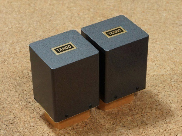 TANGO Output trans XE-20S pair 美品 即決あり 2個set 300B 2A3 845 などに ISO タンゴ XE20S