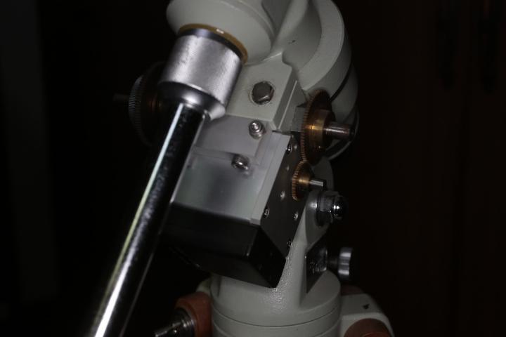 タカハシ P2赤道儀、モータードライブ、AMD-1モータードライブ、カメラ三脚アダプタ_画像5