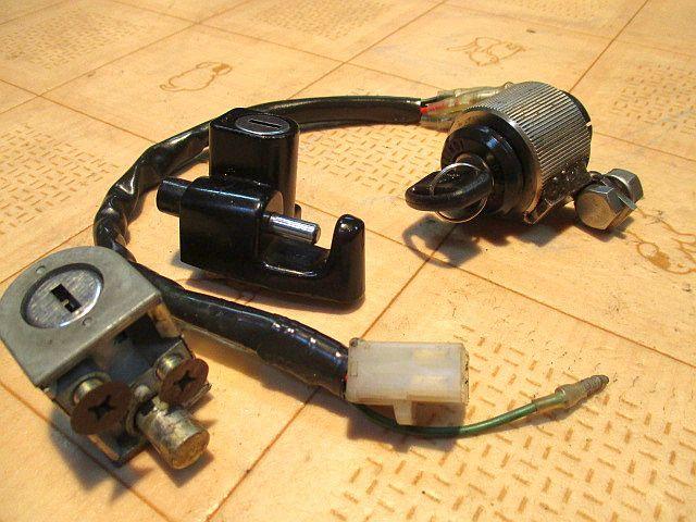 ホンダ純正6Vメインキーシリンダー&ハンドルロックシリンダー&ヘルメットホルダーシリンダー&カギのセット:モンキーカギ鍵_画像6