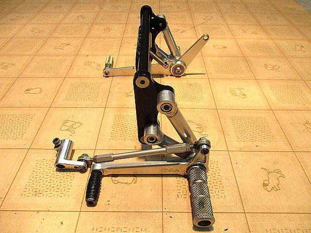 Gクラフト(Gcraft) ドラムブレーキ専用バックステップキット:モンキーゴリラ