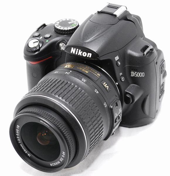 【極上美品 5177ショット・豪華セット】Nikon ニコン D5000 AF-S 18-55mm VR_画像2