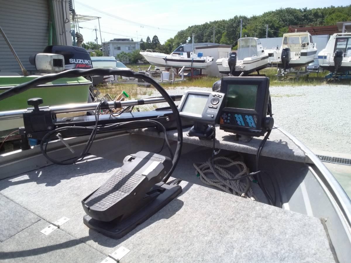 バスボート クイントレックス V12 BLAST,TRAILトレーラー付き_画像4