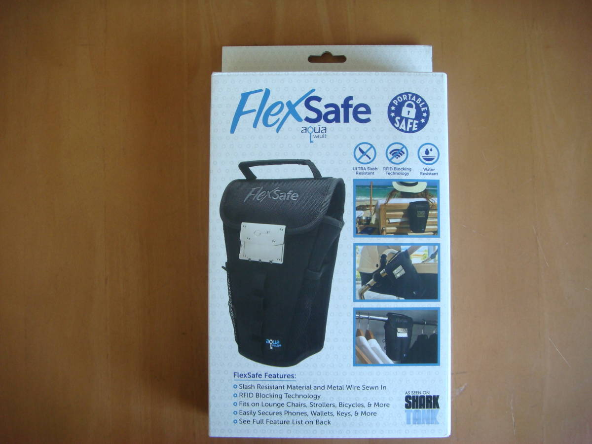 「Flexsafe 希少 新品 盗難防止 小型金庫 ビーチ レジャー マリンスポーツ」の画像1