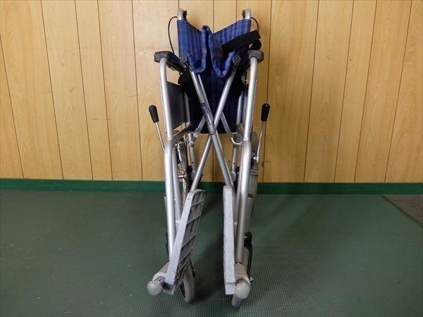 880●カワムラサイクル 介助式車いす 車椅子 KA16-40SB アルミ 介助用 低床 補助 福祉 介護 看護 医療 リハビリ_画像9