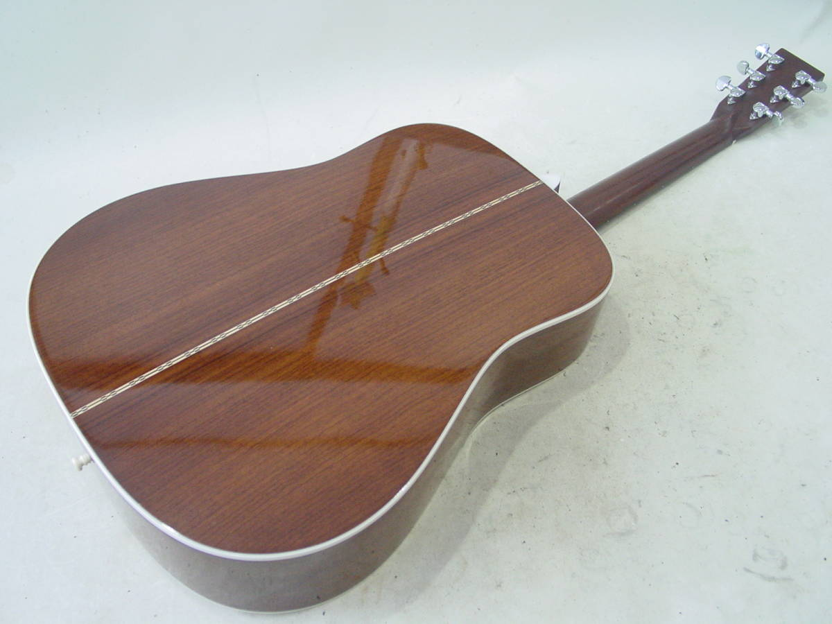 ★Martin マーティン D-28 アコースティックギター 純正ハードケース付 2009年製_画像7
