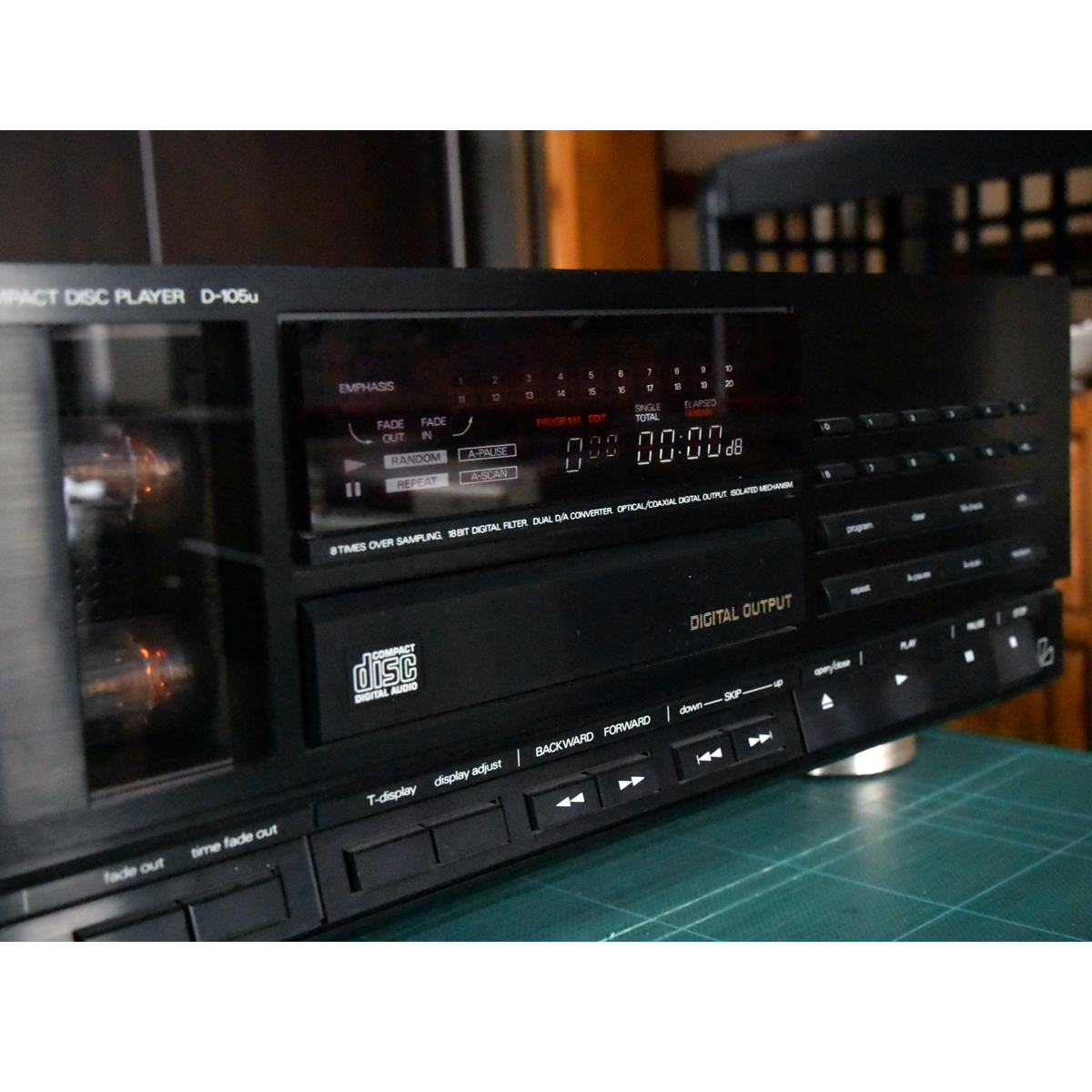 ALPINE/LUXMAN D-105u管球CDプレーヤー★ジャンク_画像2