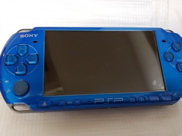 中古 PSP プレイステーション・ポータブル バイブラント・ブルー (PSP-3000VB) バッテリーパック メモリースティック ソフト3本付き_画像4