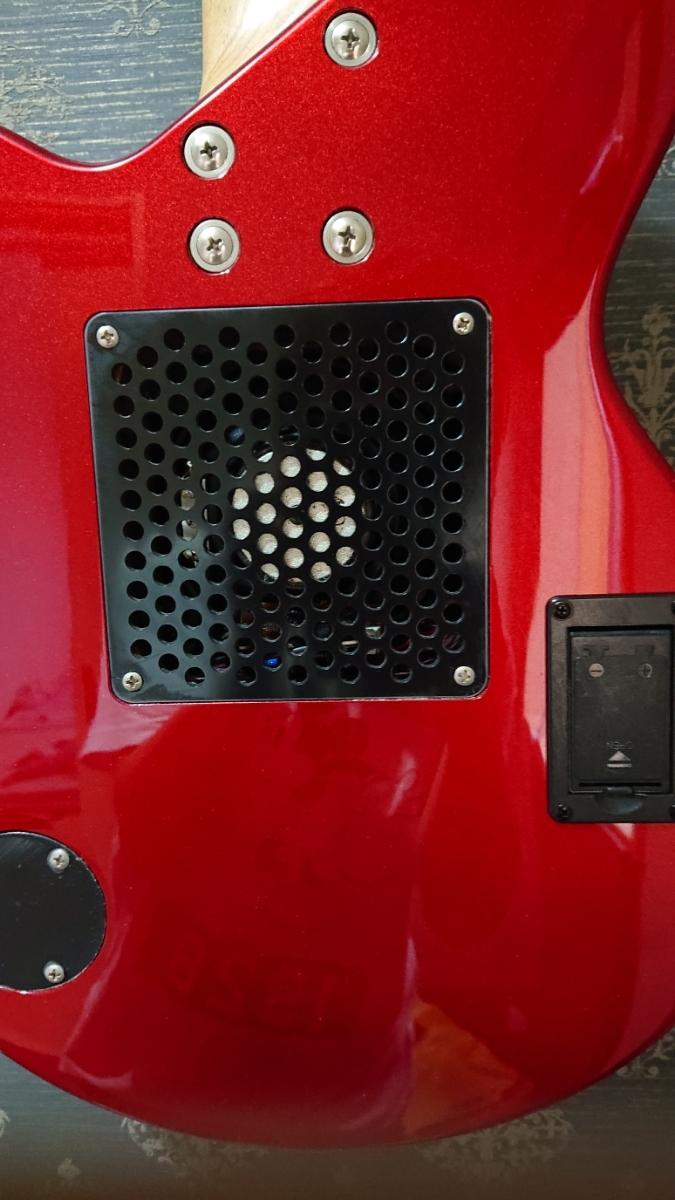 Pignose アンプ内蔵 エレキベース サンバースト ピグノーズ スピーカー付きベース_画像4