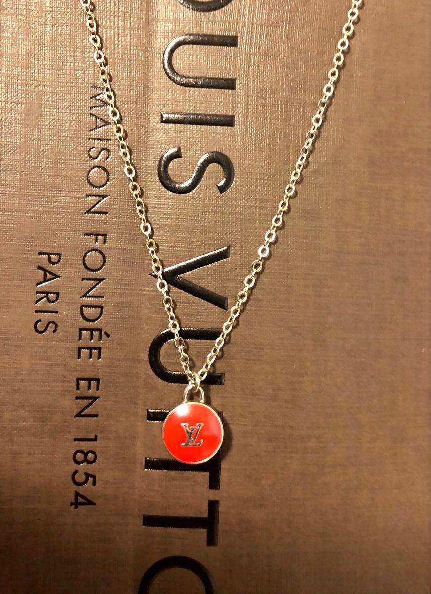 超美品 正規品 LOUIS VUITTON ルイヴィトン バッグチャーム トップ ネックレス 赤×シルバー クリックポスト185円_画像3