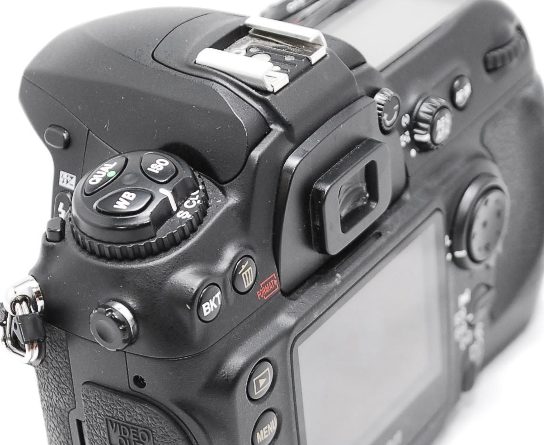 【動作未確認】Nikon ニコン D200 ジャンク_画像7