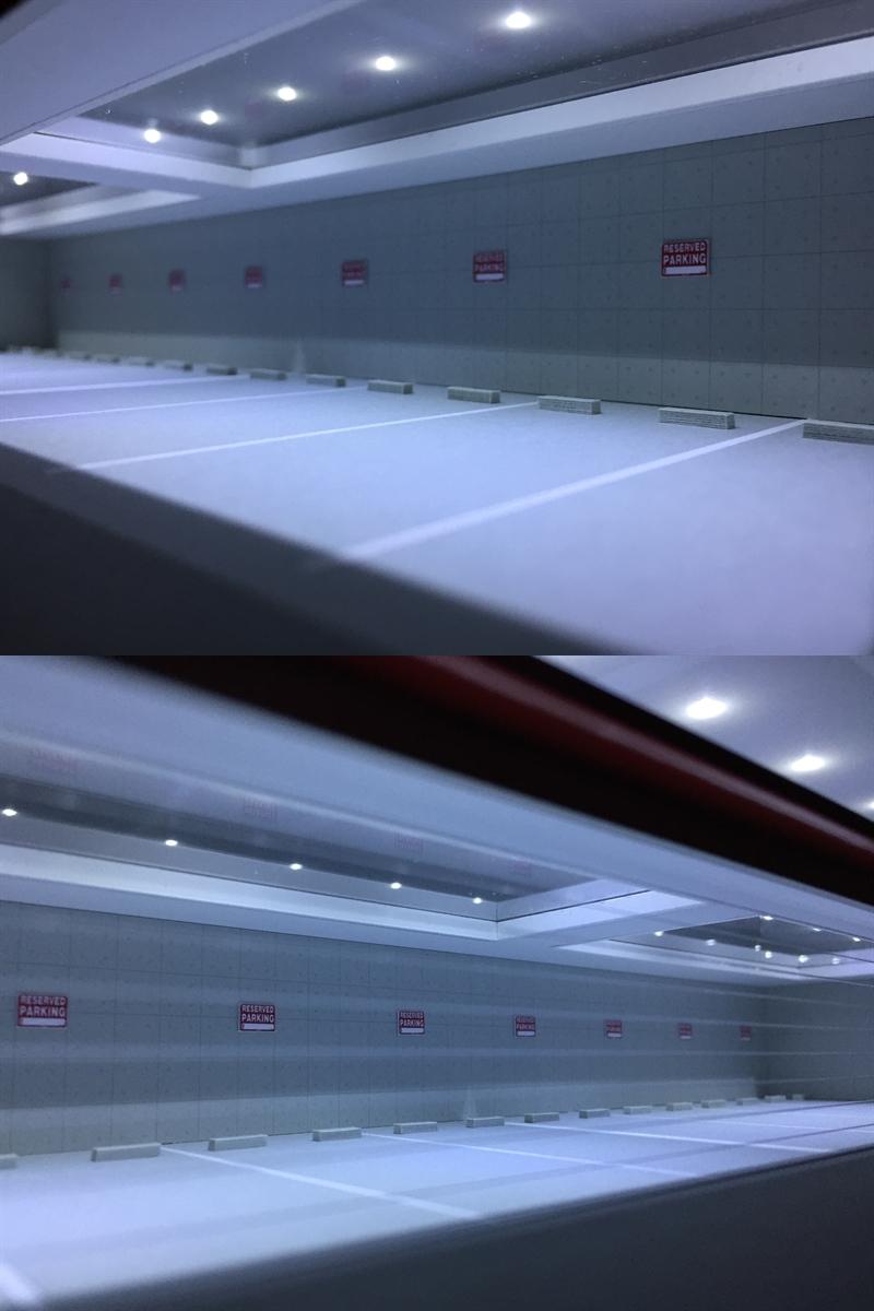 ジオラマ:1/64 ショールーム&ガレージⅤ(シルバーメタリック)/シャッター&LED照明付/前面道路付/ホコリ対策モデル!_画像9