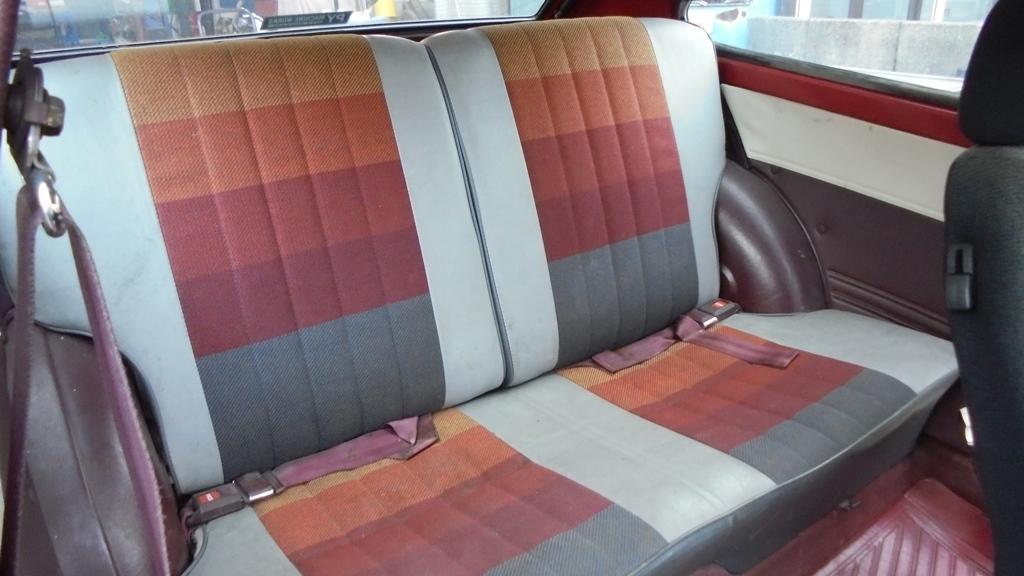 トヨタ スターレット KP61 4K改 直立 FCRキャブなど ボディの程度がイマイチです_画像10