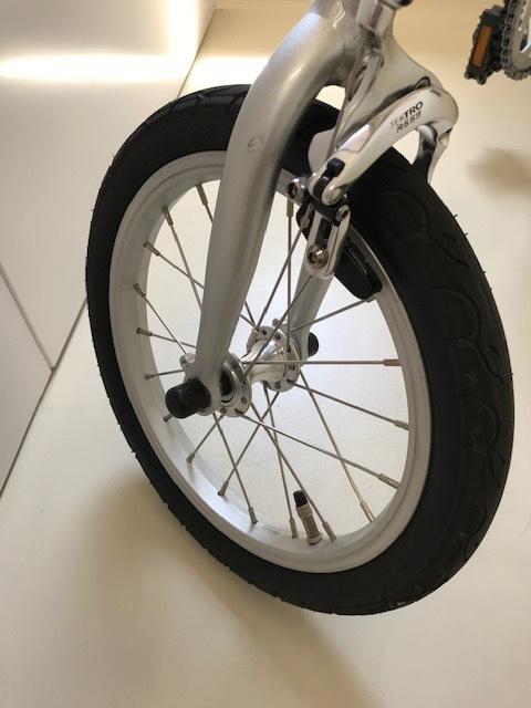 YS-11/折畳み自転車/シングルギア/軽量・とにかく軽い! しかも早い!! 中古美品!! 市場にないレア自転車!!!_画像3