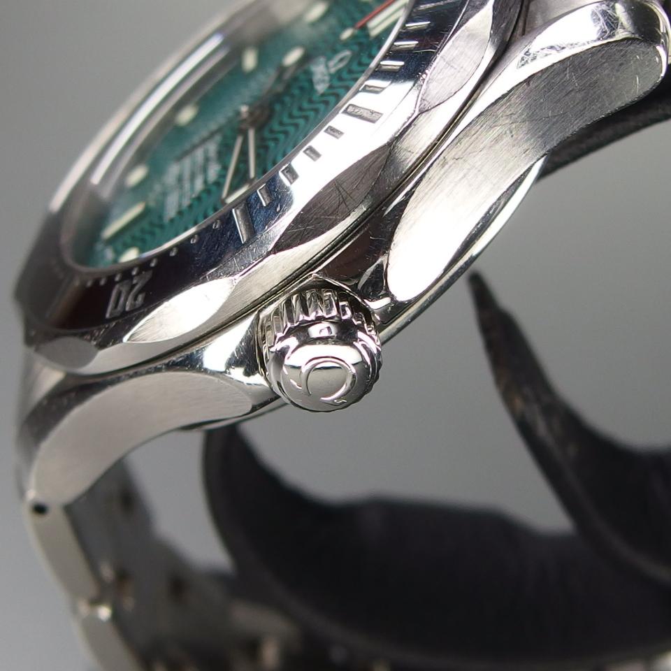 【送料無料 希少 限定 クロノメーター】 OMEGA オメガ Seamaster シーマスター ジャックマイヨール 2553.41 自動 メンズ 腕時計 取説/箱付_画像4