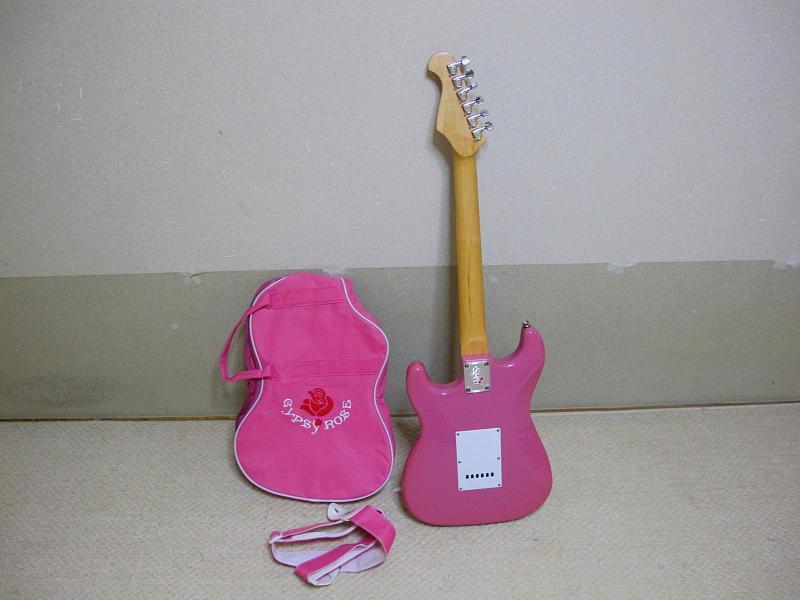 GYPSY ROSE /ジプシーローズのストラトタイプギターです_画像2