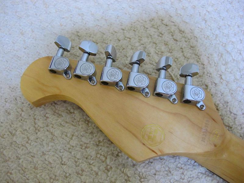 GYPSY ROSE /ジプシーローズのストラトタイプギターです_画像5
