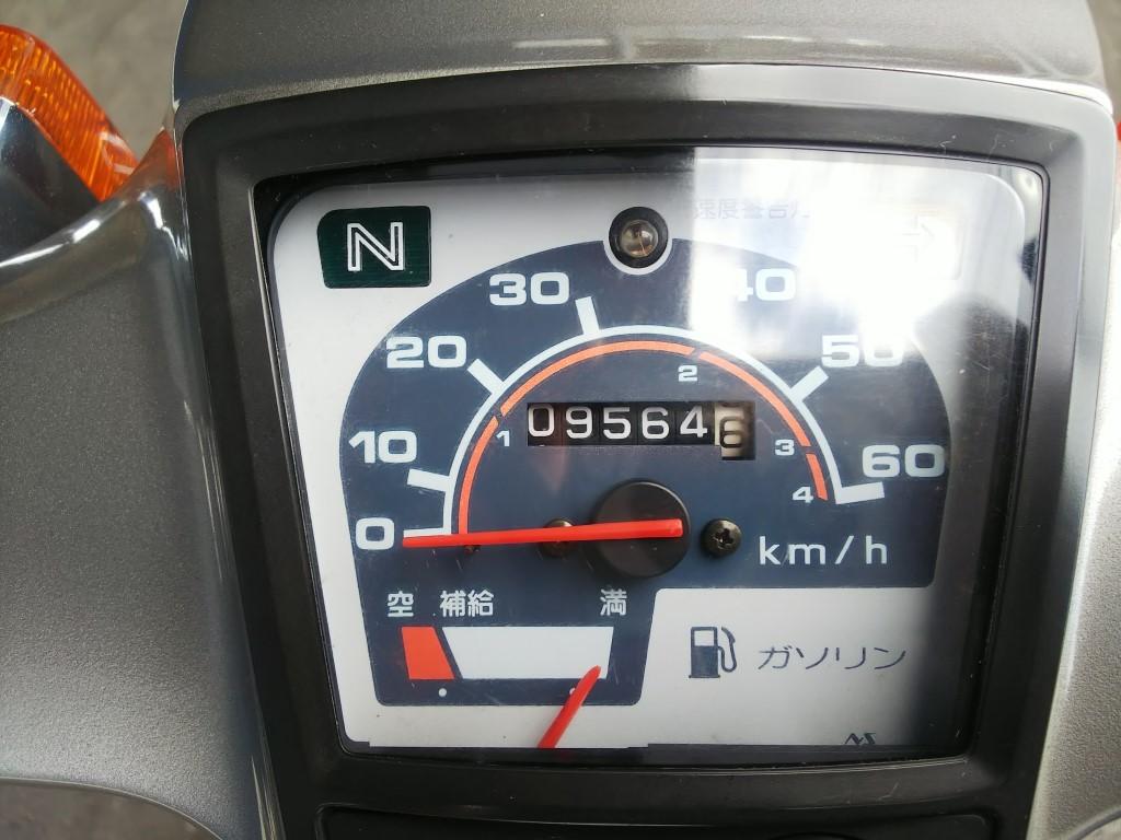 ホンダ スーパーカブ 50 カスタム C50 整備済み 9,564km セル付き4速車 キャブレターオーバーホール済み バッテリー新品等 実動車_画像9
