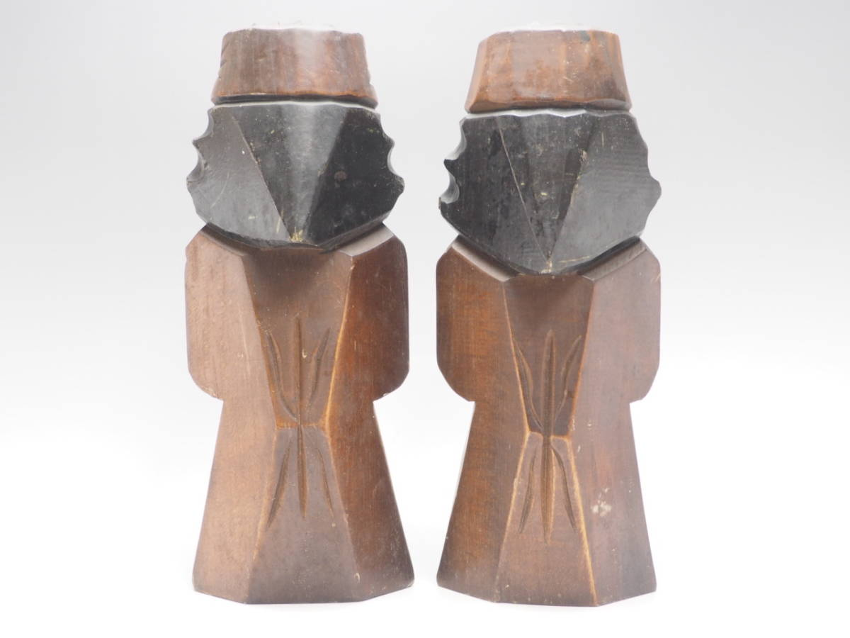 Z0B0159 【 アイヌ 木彫り ニポポ 人形 一対 高30.8cm 】 検) 木製 彫刻 木工芸 工芸品 民芸品 置物 飾り物 インテリア 2体 セット p02_画像9