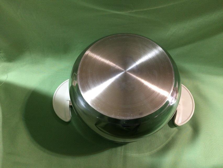 【サーモス 真空保温調理器 シャトルシェフ 3.0L トマト KBA-3001】中古品です_画像9