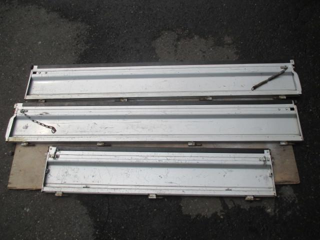 スバル サンバー TT1 TT2 あおり バタ 3枚セット 1台分 左右 リア シルバー 銀_画像6