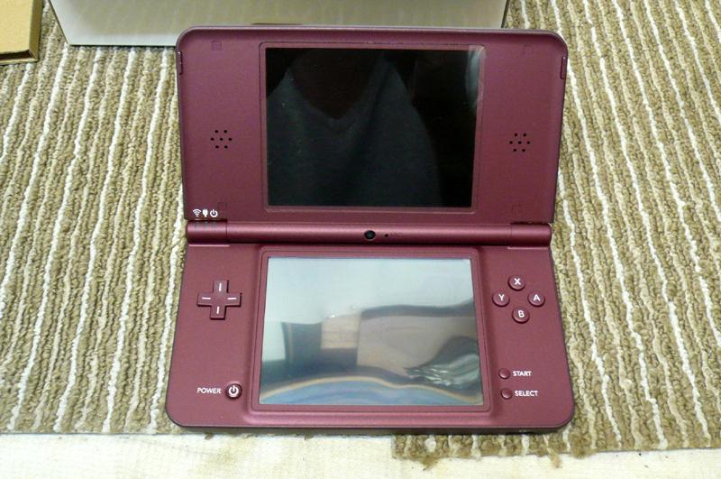 任天堂 ニンテンドー DS i LL 本体 UTL-001 ワインレッド 元箱付き 綺麗です_画像4