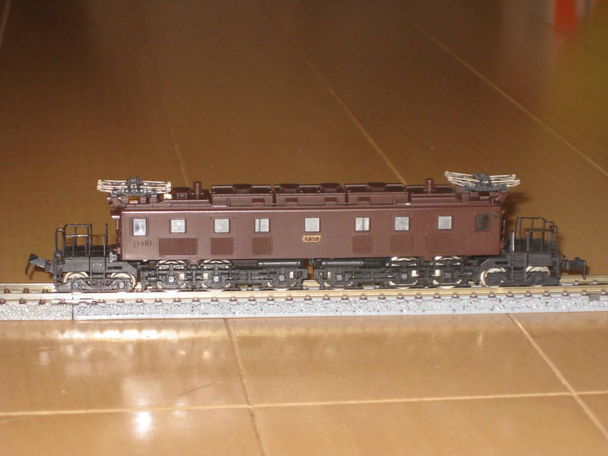 30) Nゲージ カトー 303 EF57 電気機関車 動作確認済(但し空転)。難あり。_画像3