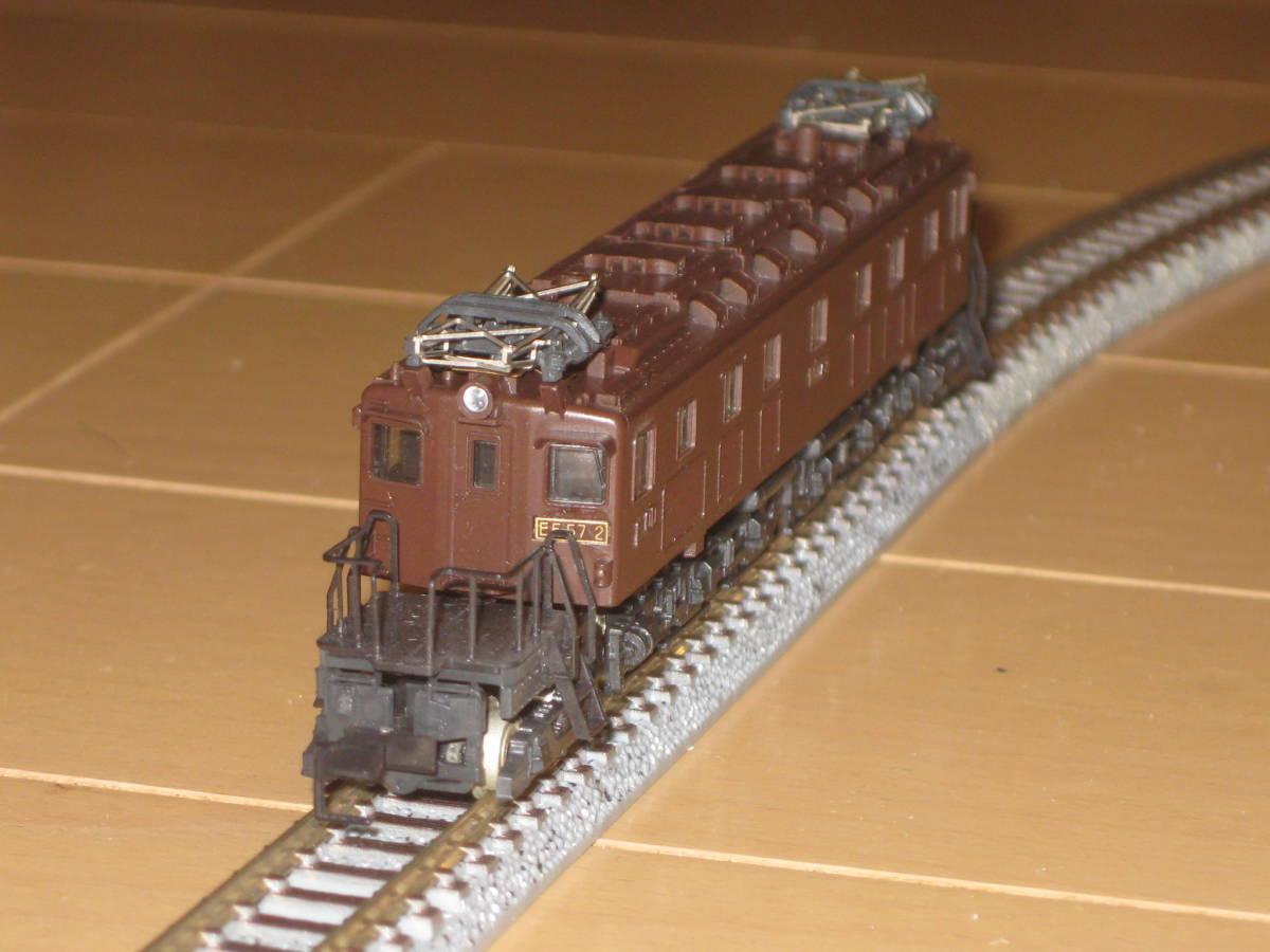 30) Nゲージ カトー 303 EF57 電気機関車 動作確認済(但し空転)。難あり。_画像4