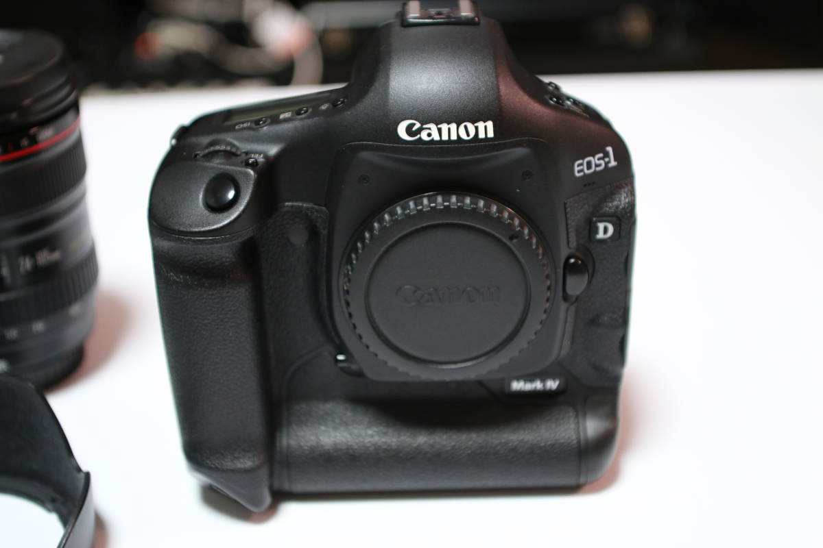 ☆良品☆ Canon EOS-1D MARK4 + EF24-105mm F4L IS USM セット_画像2