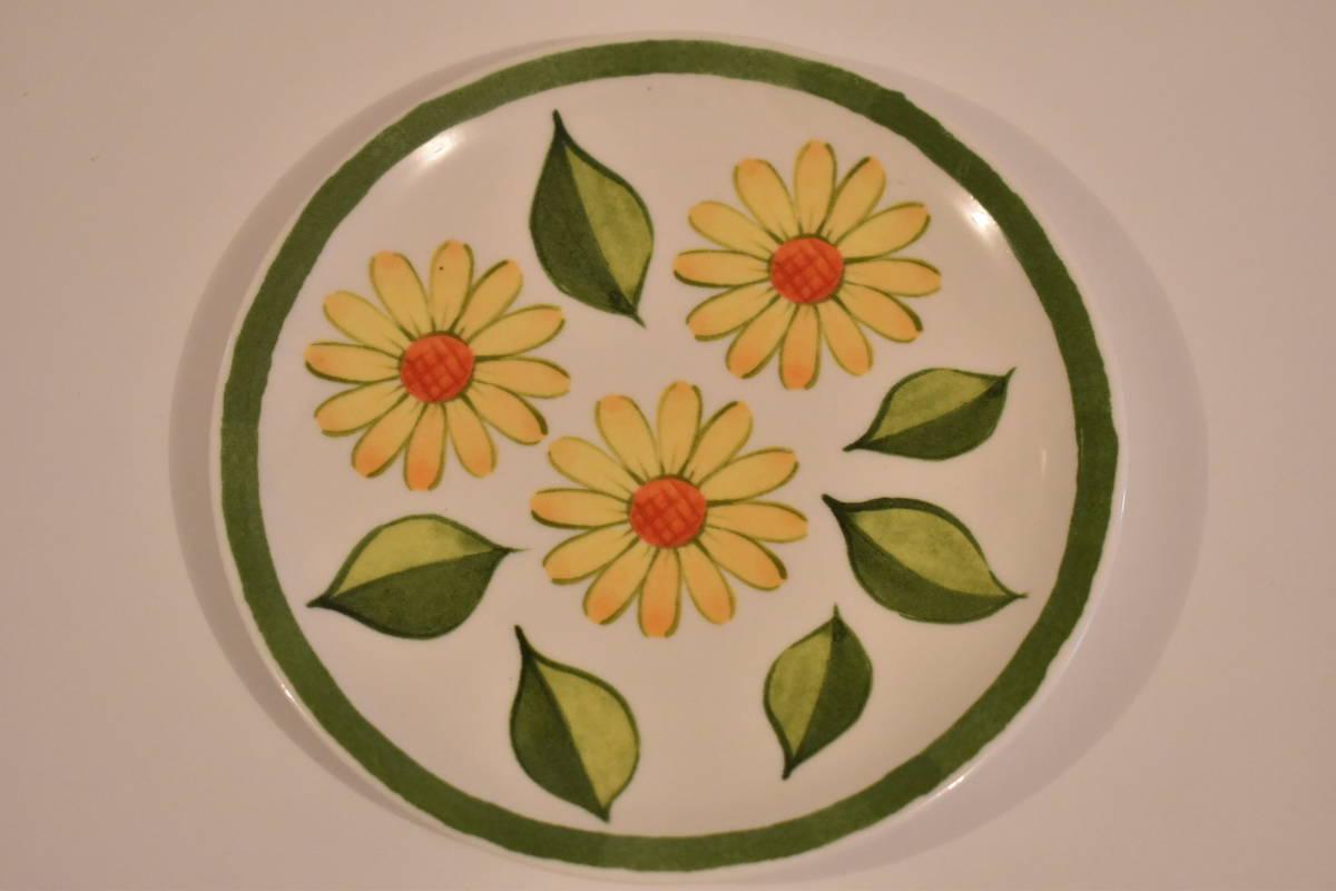 【未使用】ミスタードーナツ スペイン風 花柄 小皿 5枚セット 陶器*プレート*マーガレット*フラワー*レトロポップ*食器*レトロ*ミスド_画像3