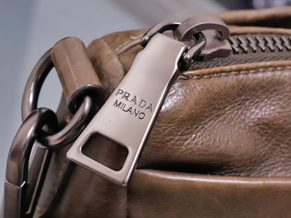 プラダ PRADA 最高級グレースカーフレザー斜め掛け2WAYハンドバッグ SV金具 ショルダーバッグ トートバッグ ギャラ付 本物 正規_画像4