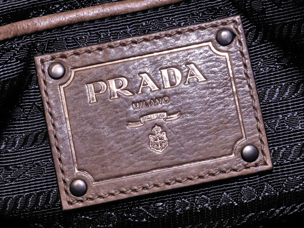 プラダ PRADA 最高級グレースカーフレザー斜め掛け2WAYハンドバッグ SV金具 ショルダーバッグ トートバッグ ギャラ付 本物 正規_画像7