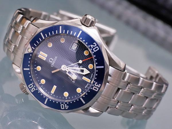オメガ OMEGA シーマスター300 プロフェッショナル ダイバーズウォッチ 純正ダブルエクステンションブレスレット 腕時計箱 駒付 本物 正規_画像2