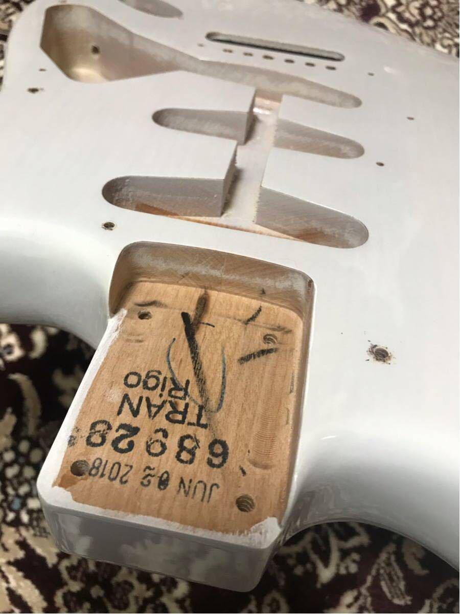 Fender USA 純正 エリック ジョンソン ストラトキャスター ボディ Eric Johnson Stratocaster★2018年製(美品)★証明書付き★軽量 ラッカー_画像4