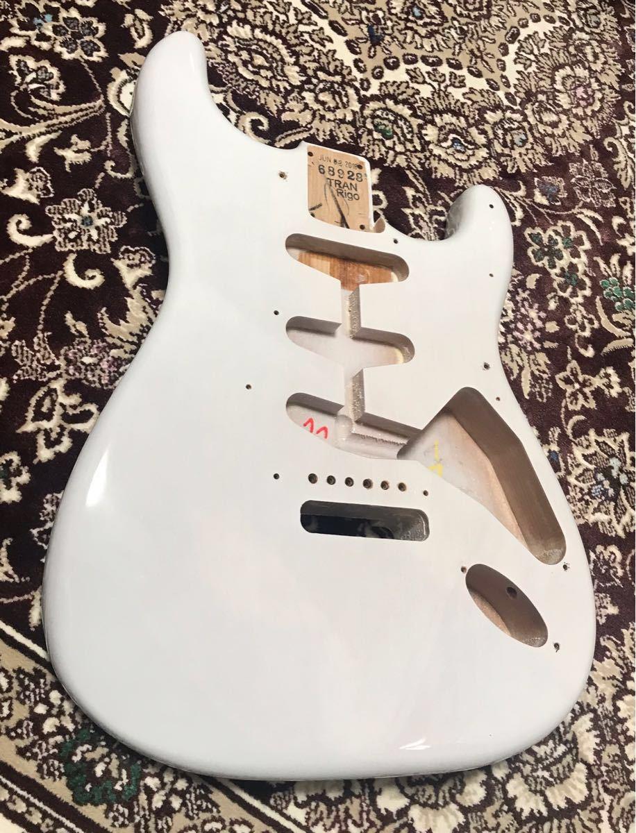 Fender USA 純正 エリック ジョンソン ストラトキャスター ボディ Eric Johnson Stratocaster★2018年製(美品)★証明書付き★軽量 ラッカー_画像2