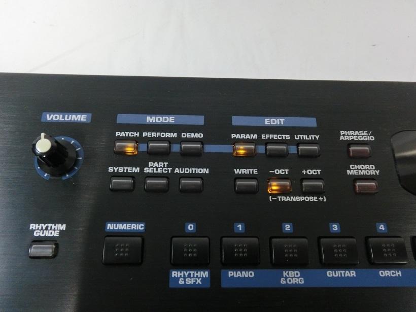 □ Roland JUNO-D ローランド 61鍵盤 シンセサイザー キーボード アダプター/専用ケース付き♪_画像6